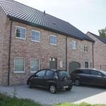Moderne-sleutel-op-de-deur-nieuwbouw-woningen